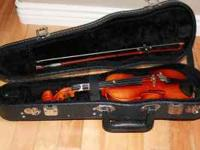 Beginner violin in very nice shape. Can be picked up at