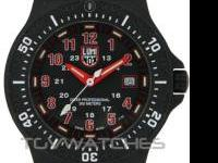 Mint condition Luminox watch. Style 8415,check it out