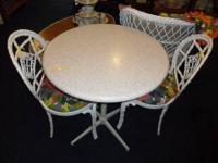 Wonderful round kitchen / dining / work table in very