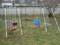 Swing Set, Hedstrom (made in the USA) 8 legs and seats