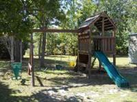 Log wood swing set(heavy) well made New bucket swings,