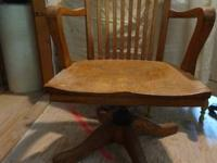 "Seat is 18"" from floor x 20.25 wide x 33.5"" top sturdy"