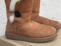 Chestnut Bailey button boots In great gently used