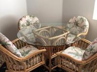 Cooking area table with 4 chairs by Alexander & &