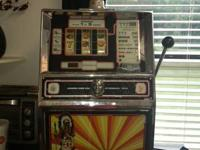 Table top Slot Machine for sale that is in excellent