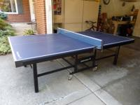 Top quality heavy-weight table-tennis/hobby table. You