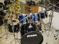 "TOMS ARE 8,10,12,14,16"" WITH 14"" STEEL SNARE. FINISH IS"