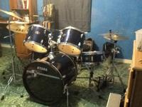 Tama Imperial Star 5 piece drum set in great condition