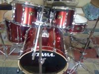 "Outstanding condition|total 5 piece|10 + 12"" rack toms"