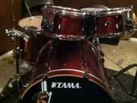 I'm selling my 4 piece Tama Superstar Hyperdrive set.