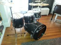 Tama Imperial Star Drum Set. Drum heads and cymbals