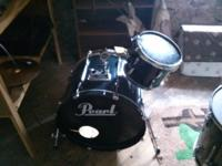 PEARL EXPORT BASS WITH RACK TOM AND MOUNT PLUS PEDAL,