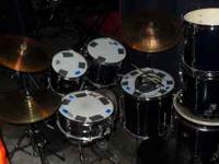 I'm selling a 7pc Tama Rockstar Set. New heads on the