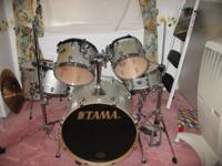 This is a 3 year old,6 pc Tama Star-classic, like new