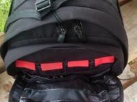BRAND NEW TAMRAC CYBERSPACE 8 BACKPACK. Over 250.