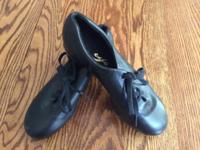 Black tie Capezio tap shoes, Tele Tone taps.. Size 7
