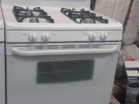 TAPPAN GAS OVEN IN A GREAT CONDITION,OVEN AND 4   show