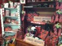 Tartan and Edinboro University gifts items. Purses,