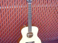 "Type: Acoustic Guitar Type: Taylor TAYLOR ""STYLE 1"" 12"