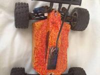 Group Associated RC18T RC automobile. Lots of extra