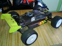 Team Losi Truggy this is 4x4 big block motor with less