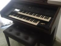 Excellent Condition includes bench seat and organ music