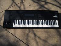 Description Type: Organ SE VENDE TECLADO M1 EN MUY