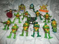 This is a great deal of Ninja Turtles figures, they are