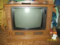 "FLOOR MODEL (25"") SCREEN ZENITH T.V. EXCELLANT COND."