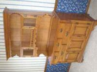 Gorgeous, Tell City Maple Hutch in great condition