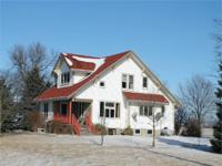 Very cool and clean acreage, highway place South of