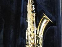 Beautiful Yamaha YTS-52 Tenor Saxophone. Brass with a