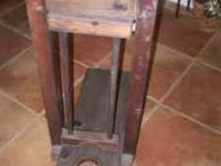 "Texas cattle ranch ""boot jack"" (for no hands removal of"