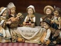 Description 35. Thanksgiving Pilgrim Children Statue
