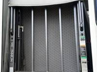 I like sell Braun wheelchair lift  dimensions:  Lift