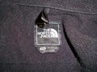 The North Face Girl's Denali Jacket; Black, Size M.