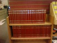 "Beautiful set of 1983 ""THE WORLD BOOK ENCYCLOPEDIA"""