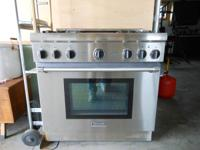 "Thermador 36"" Pro Range with 4 LP burners and Electric"