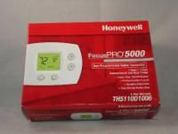Thermostat Digital Honeywell Thermostat NEW  NEW IN THE
