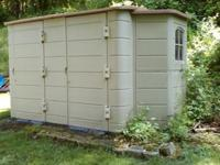 Thinking Outside shed 6-1/2' x 10-1/2', 6 doors, 2