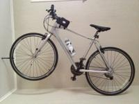 This Giant Escape Silver Bike is only 1 yr old and has