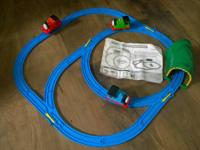 Thomas Beginner Set  Comes with blue track, tunnel (no