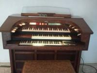 Thomas Organ and bench for sale. Very good condition.