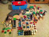 Thomas Wooden Railway HUGE collection. Lift and Load