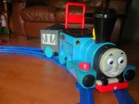Thomas the Tank Engine train ride on comes with an easy