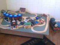 thomas the train table with over 20 train pieces and