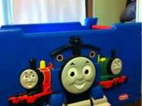Thomas The Train Open Toybox ( no smashed fingers)