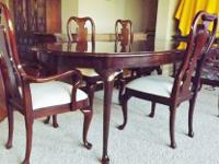 Thomasville Collectors Cherry Dining Room