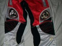 Today we have for you a pair of Thor Motorcross Pants!