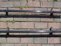 "This is a set of Thule square bars (40"") with universal"